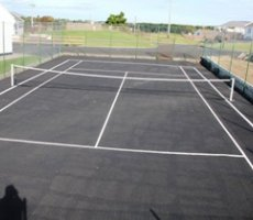 Bunbeg Holiday Homes Tennis Court